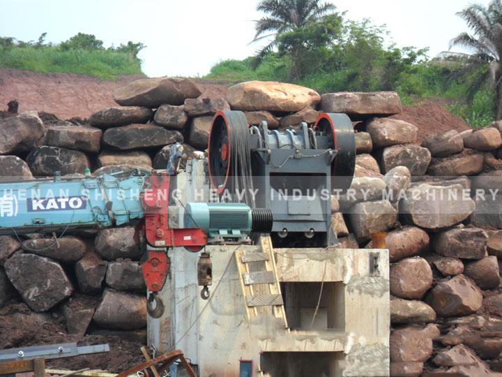 Laterite nickel ore -01
